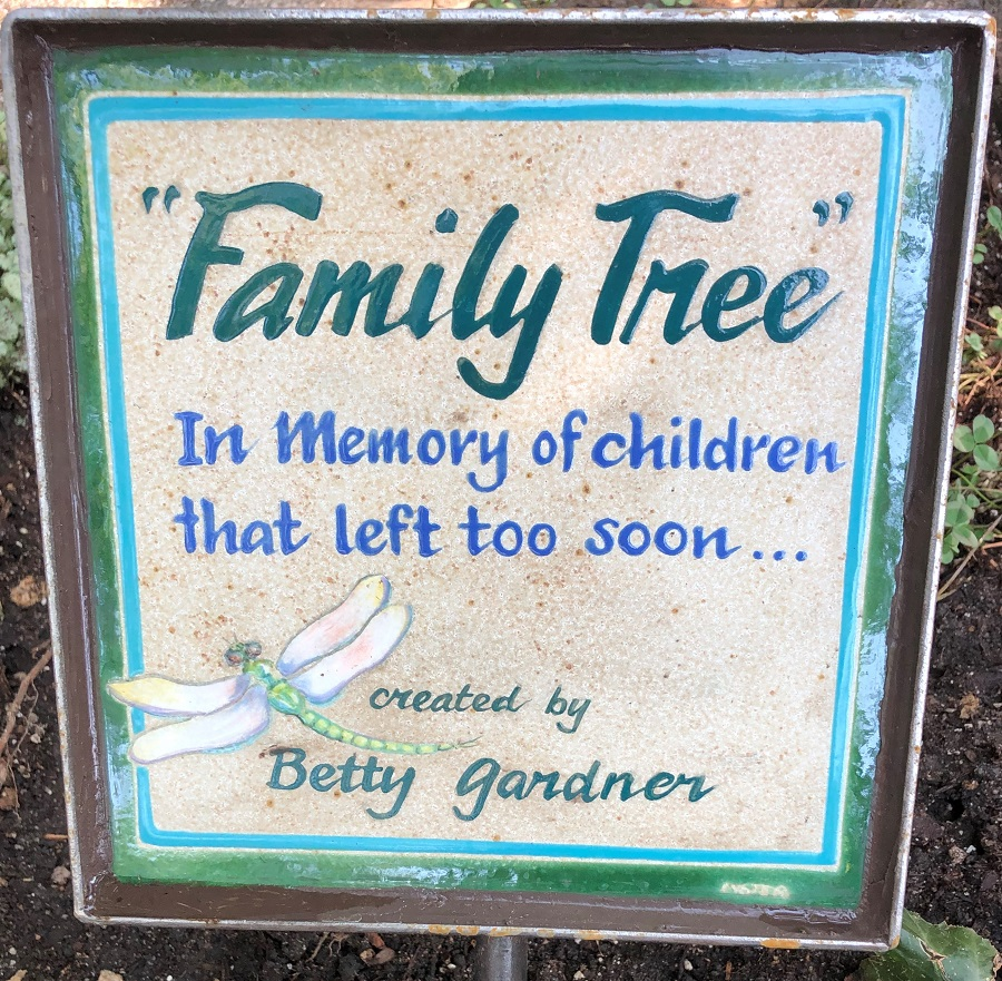Family Tree Tile compressed